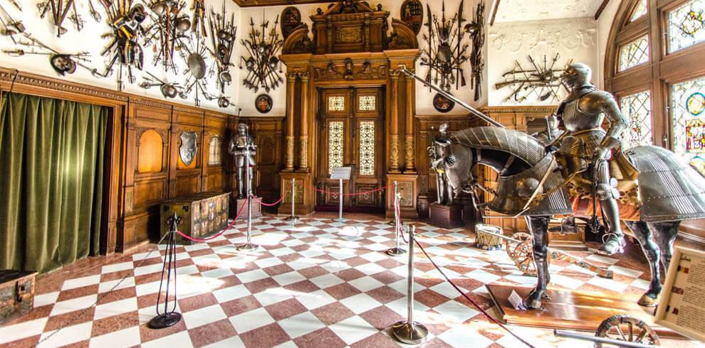 Peles Castle Cultural Tour